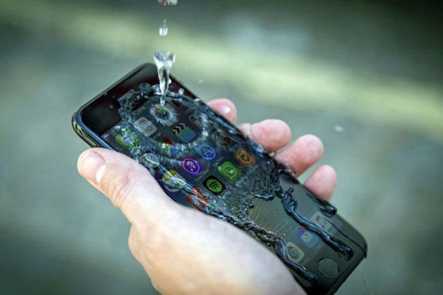 نقد و بررسی گوشی اپل آیفون 7