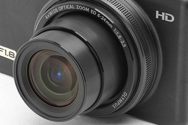 دوربین کامپکت پیشرفته - لنز