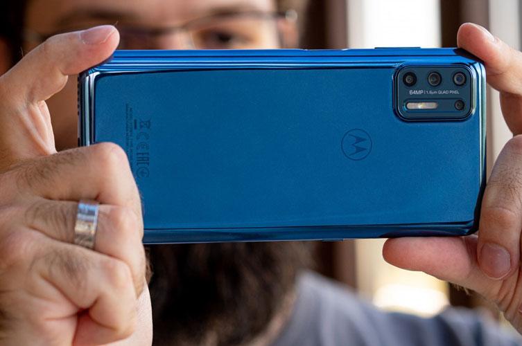 Motorola Moto G9 Plus review 20 1 - نقد و بررسی گوشی موتورولا موتو جی 9 پلاس