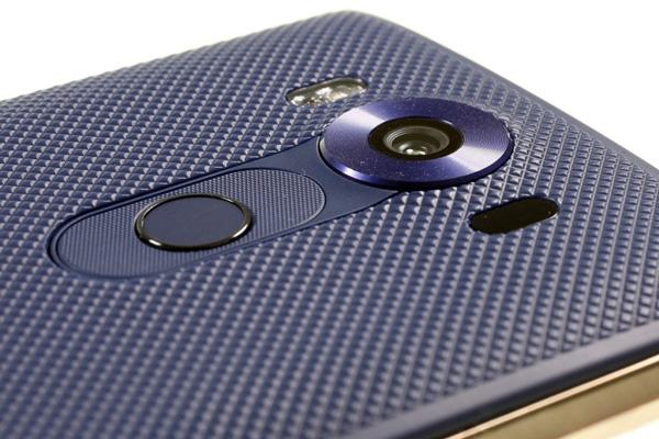 نقد و بررسی گوشی الجی V10 - طراحی - دوربین پشتی