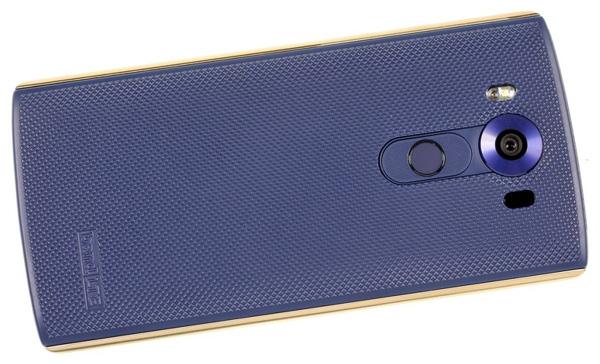 نقد و بررسی گوشی الجی V10 - طراحی - قاب پشتی