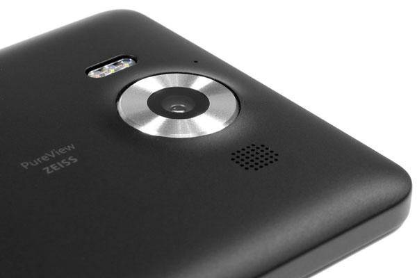 نقد و بررسی گوشی مایکروسافت لومیا 950 - طراحی دوربین پشتی