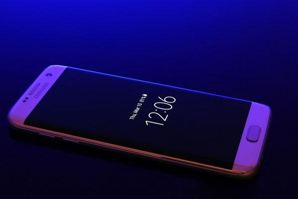 نقد و بررسی گوشی موبایل سامسونگ گلکسی S7 Edge - صفحهنمایش همیشه فعال