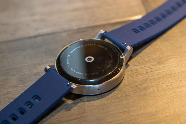 نقد و بررسی ساعت هوشمند موتورولا موتو 360 نسخه 42mm
