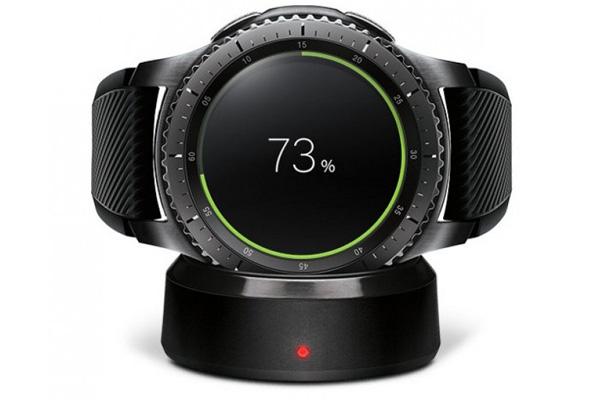 نقد و بررسی ساعت هوشمند سامسونگ Gear S3 - شارژ باتری
