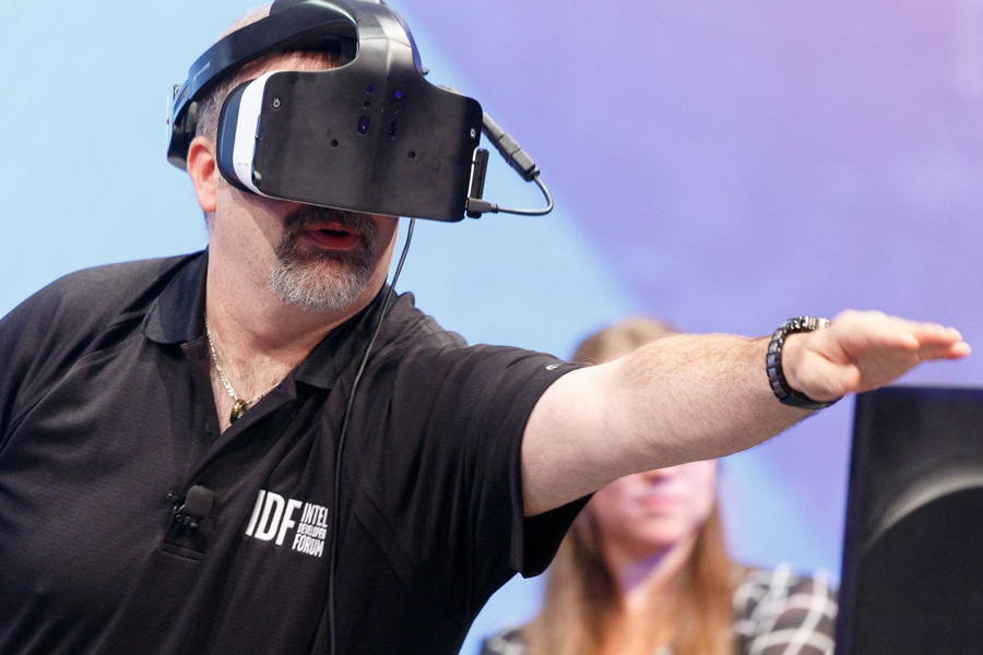 پروژه Alloy اینتل هدست واقعیت مجازی All-in-One
